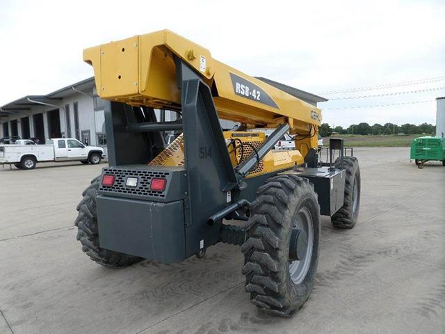 2007 GEHL RS8-42